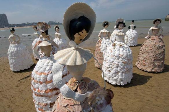 shell-ladies-9