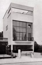 Le Corbusier Modernist  Building