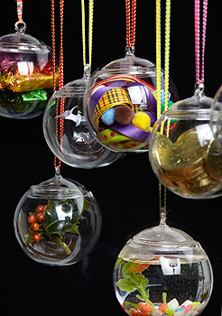 Re Glass Bauble decoration with lid